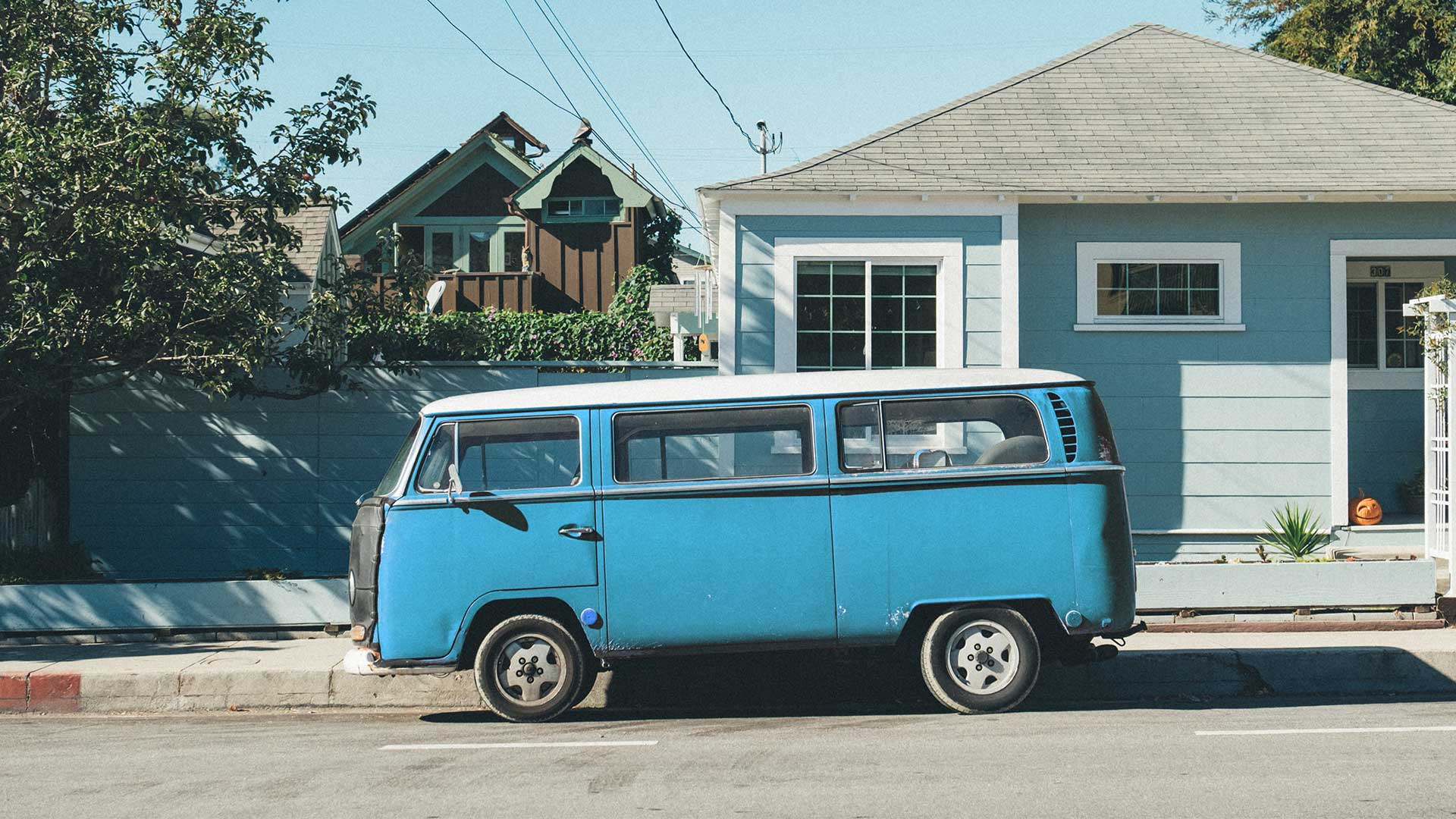 VW campervan cyan colorized with Imerge Pro color adjustment effect