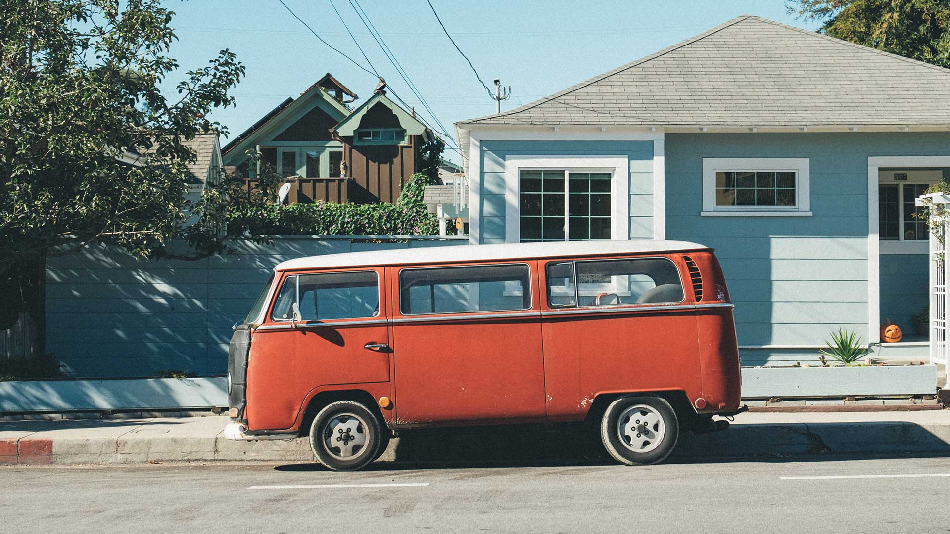 VW campervan orange colorized with Imerge Pro color adjustment effect