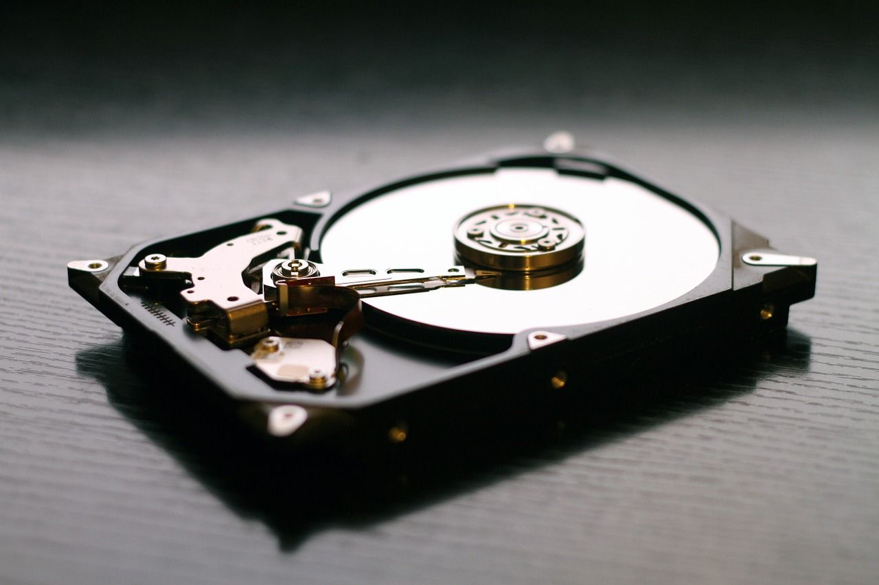 HDD (storage) - Components to consider when looking for the best computer for video editing