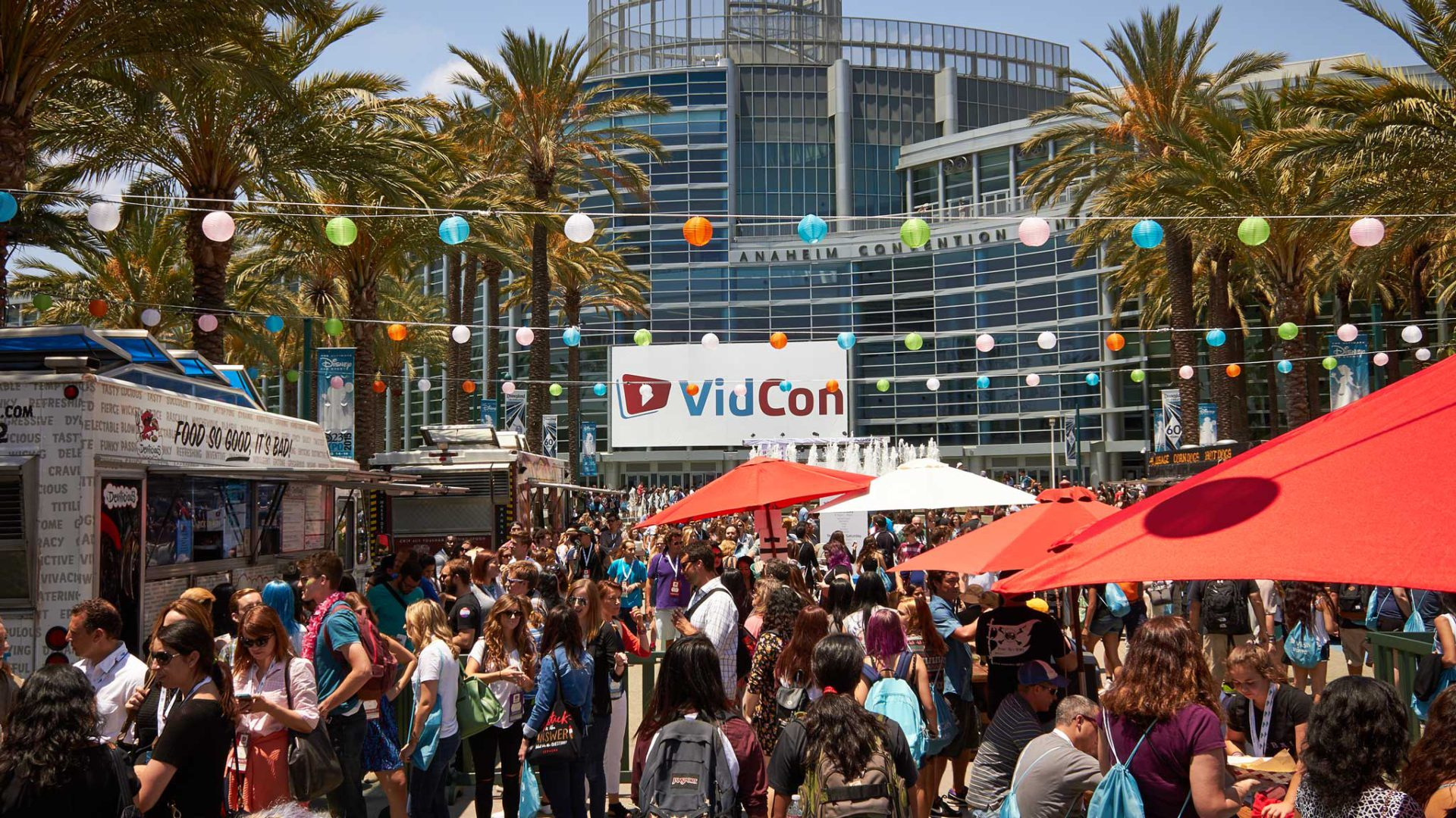 Busy crowds outside VidCon building