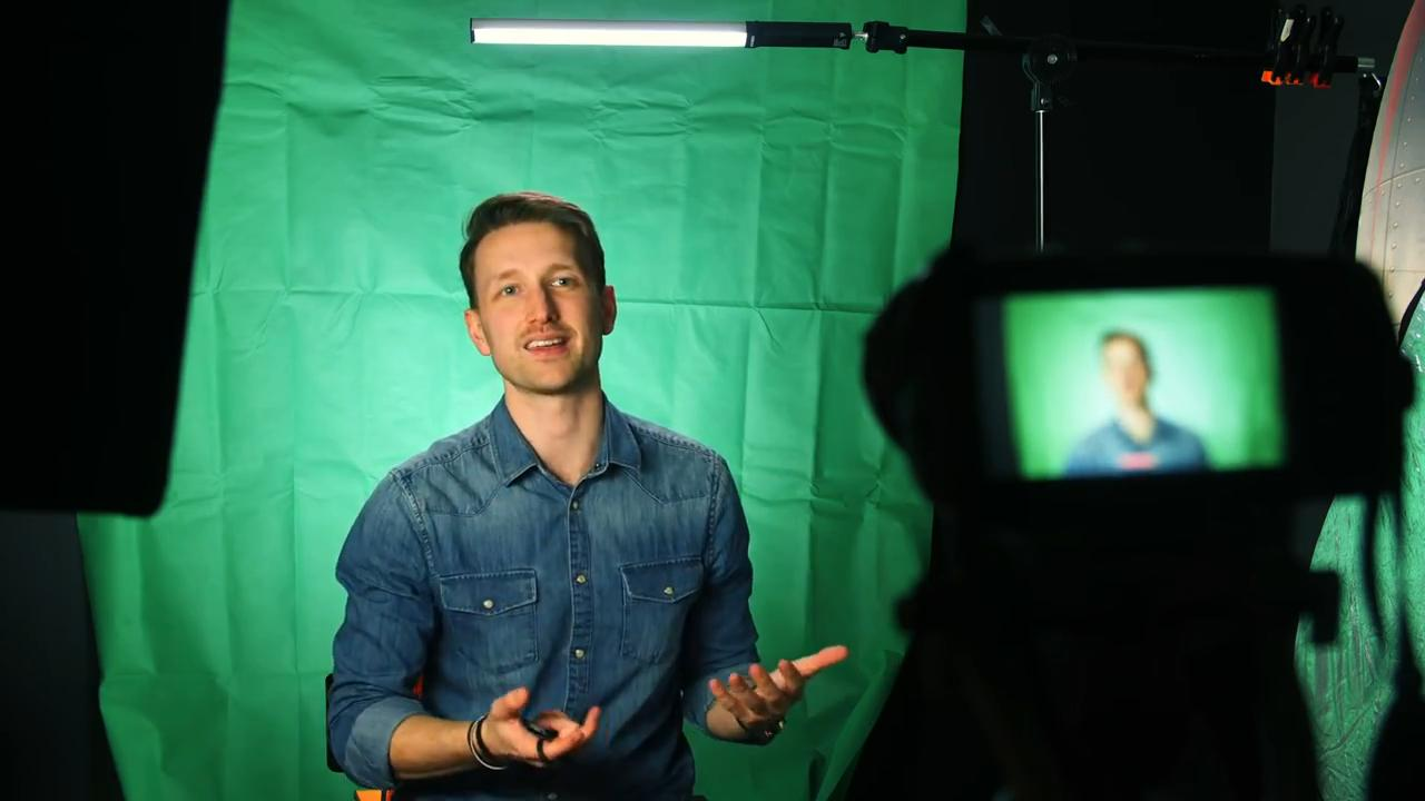 How to make a DIY green screen using textiles as an alternative