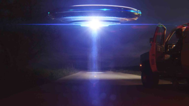 Lens flares spaceship effect in HitFilm Express